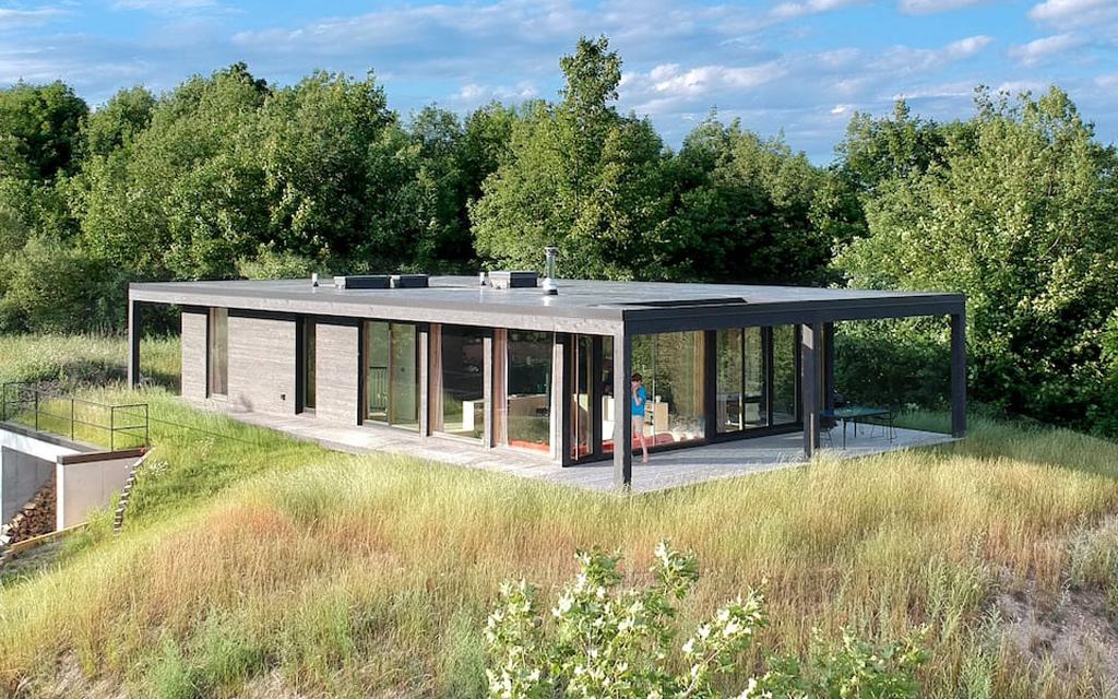 Seeblick Haus Airbnb on Lake Michigan