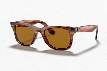 Red Havana Wayfarer sunglasses from Ray-Ban