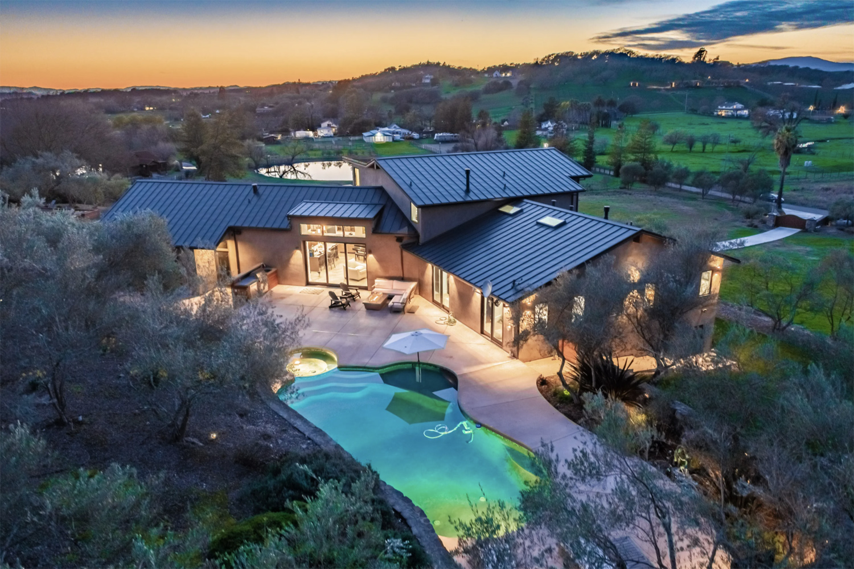 Pacaso luxury vacation home in Napa, CA
