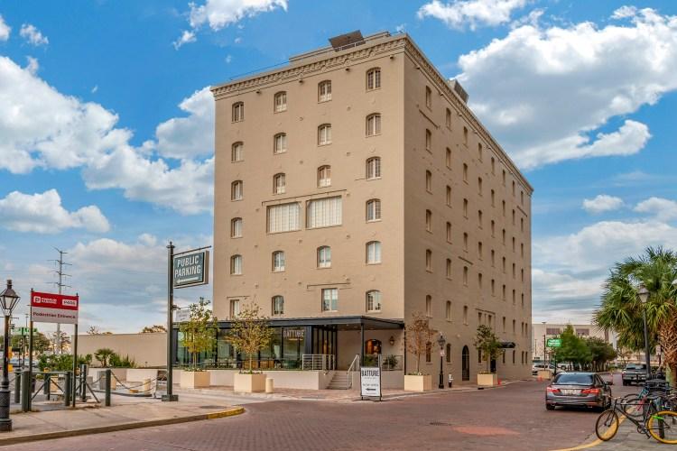 one11 hotel exterior
