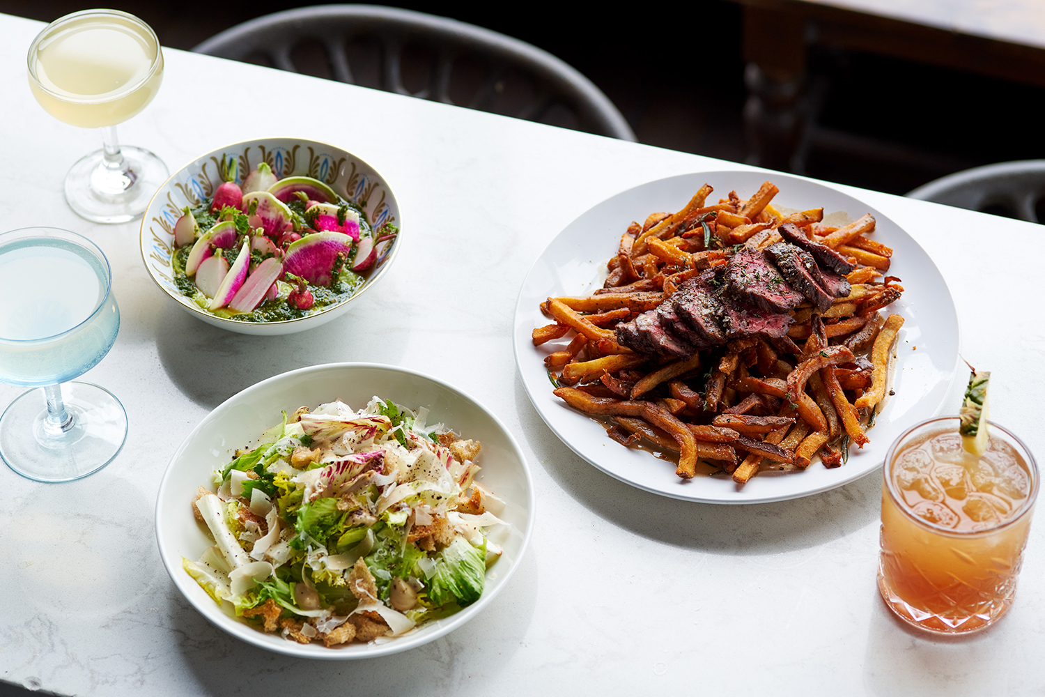 the food offerings at Chicago's Scofflaw