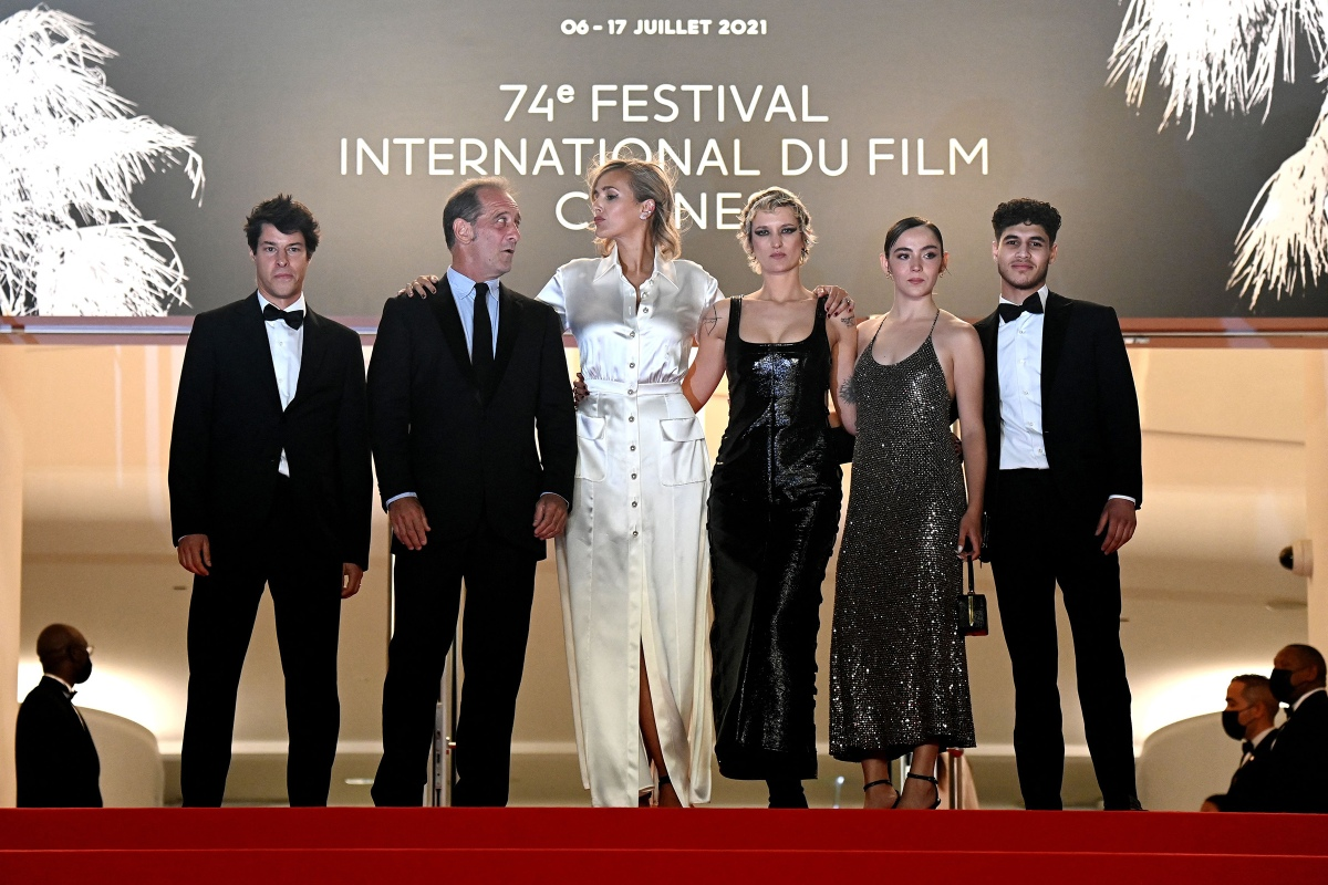 """Director Julia Ducournau and the cast of """"Titane"""" were the biggest story of the 74th Cannes Film Festival"""