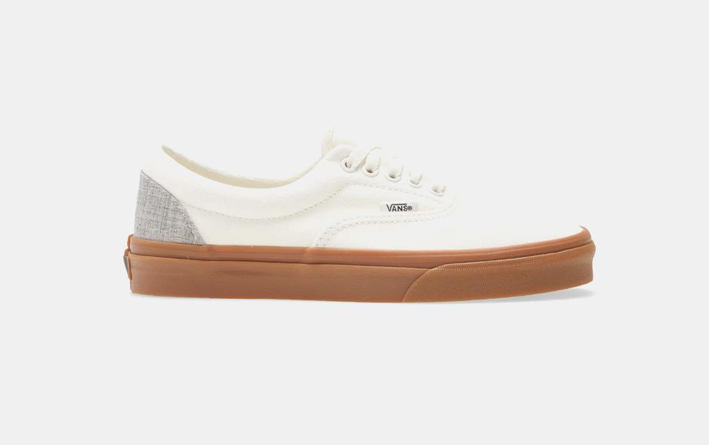Vans Era Sneaker in Marshmallow/Gum
