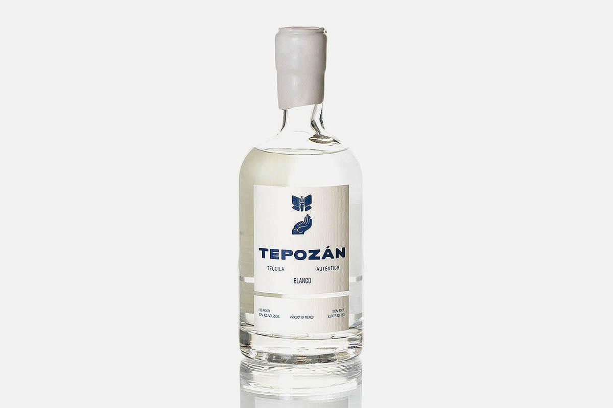 a bottle of Tepozán blanco