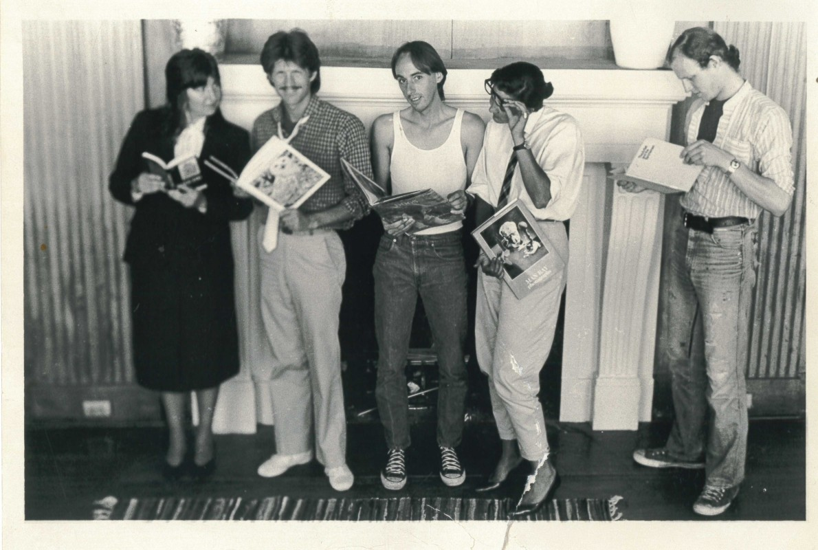 Carrie Scoville, Jeff Gunderson, Charles Stephanian, Sharon Chickanzeff and Robert Allen in the SFAI Library, c. 1982