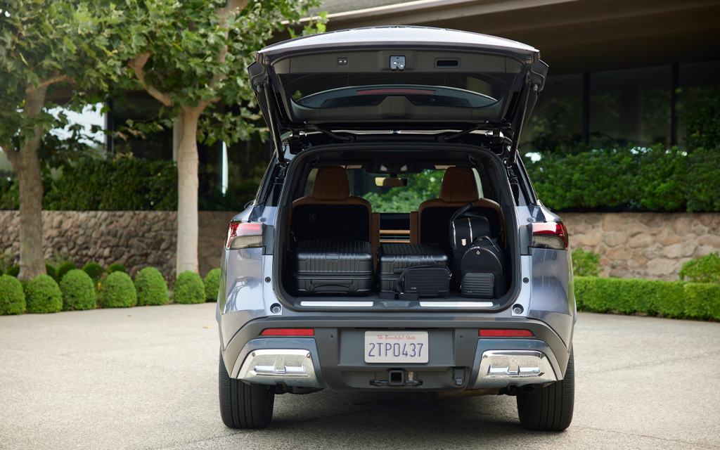 Make use of seating for up to seven with additional storage space in the rear