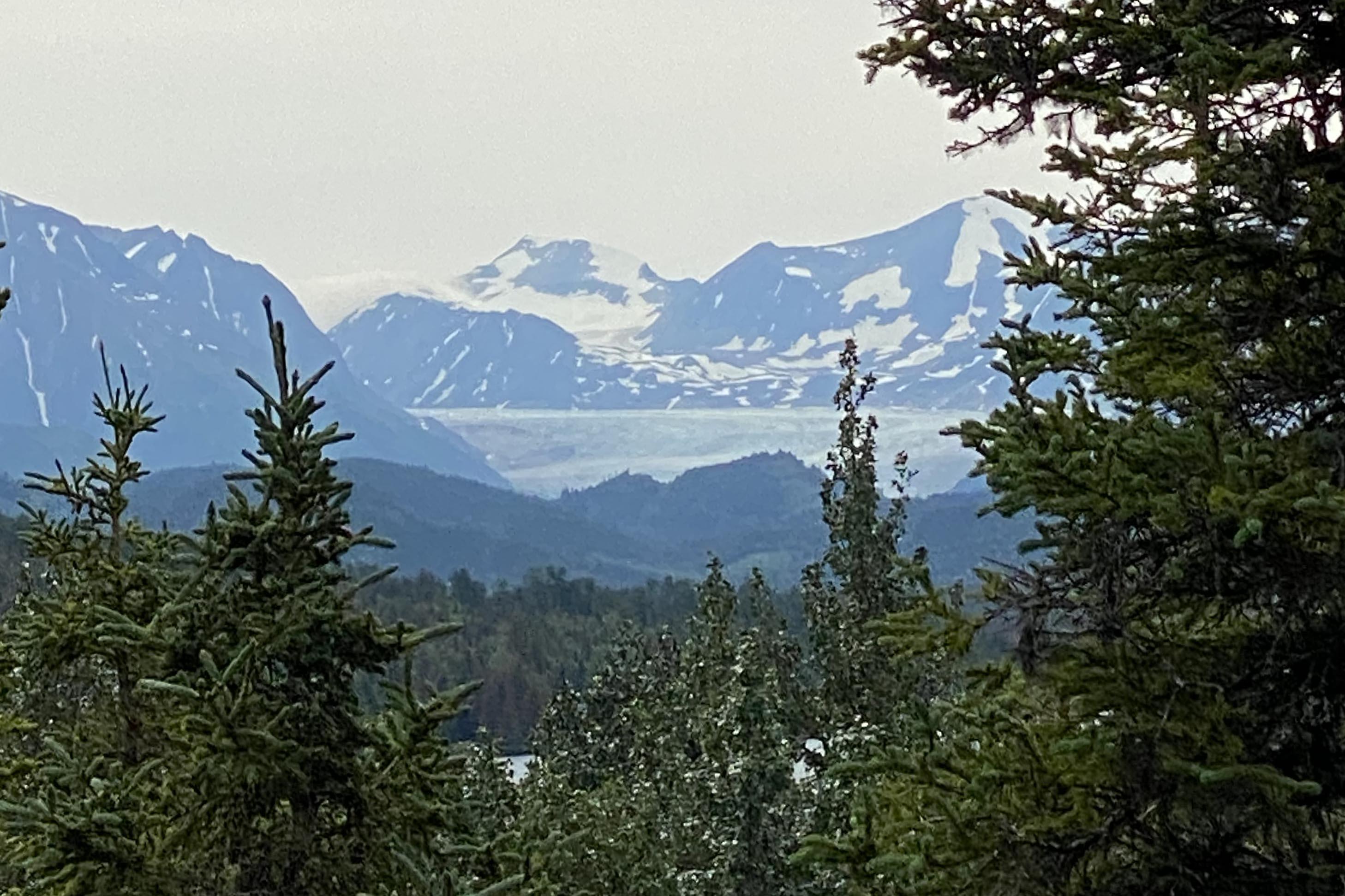 A glimpse of the Skilak Glacier