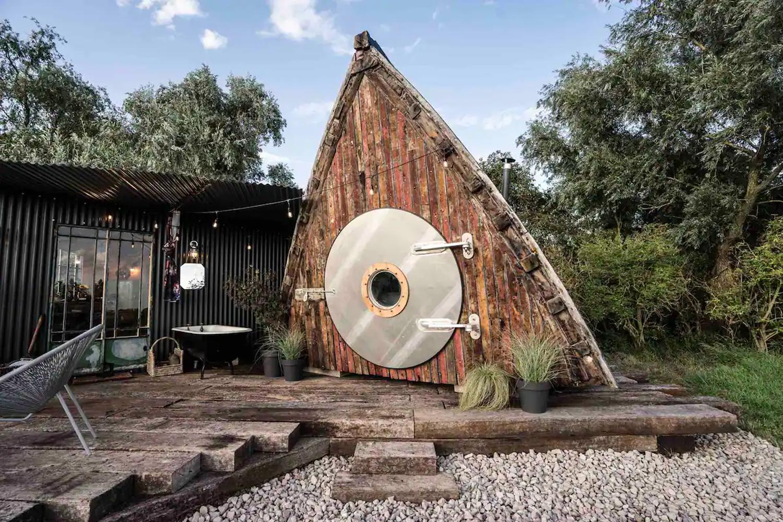 Converted 1945 Boat Hut