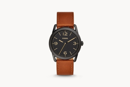 The Fossil Ledger adds a touch of class to your casual attire