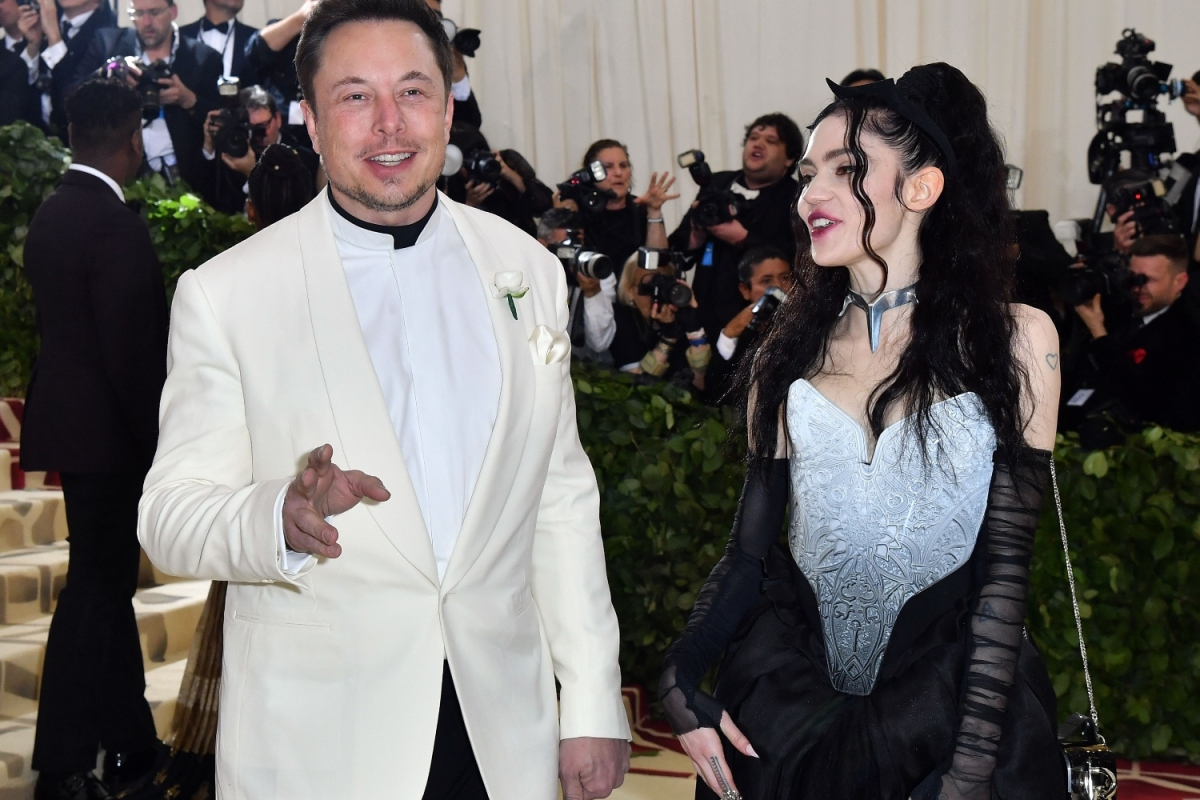 Elon Musk and Grimes at the 2018 Met Gala, where they made their public debut as a couple.