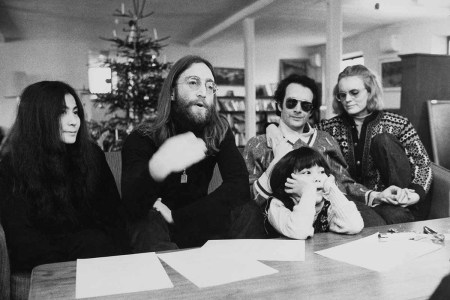 Portrait Of John Lennon And Yoko Ono With Daughter Kyoko And With Anthony Cox During A Press Conference In Denmark. A tape with an interview and a two-song performance taken right after this is up for auction.