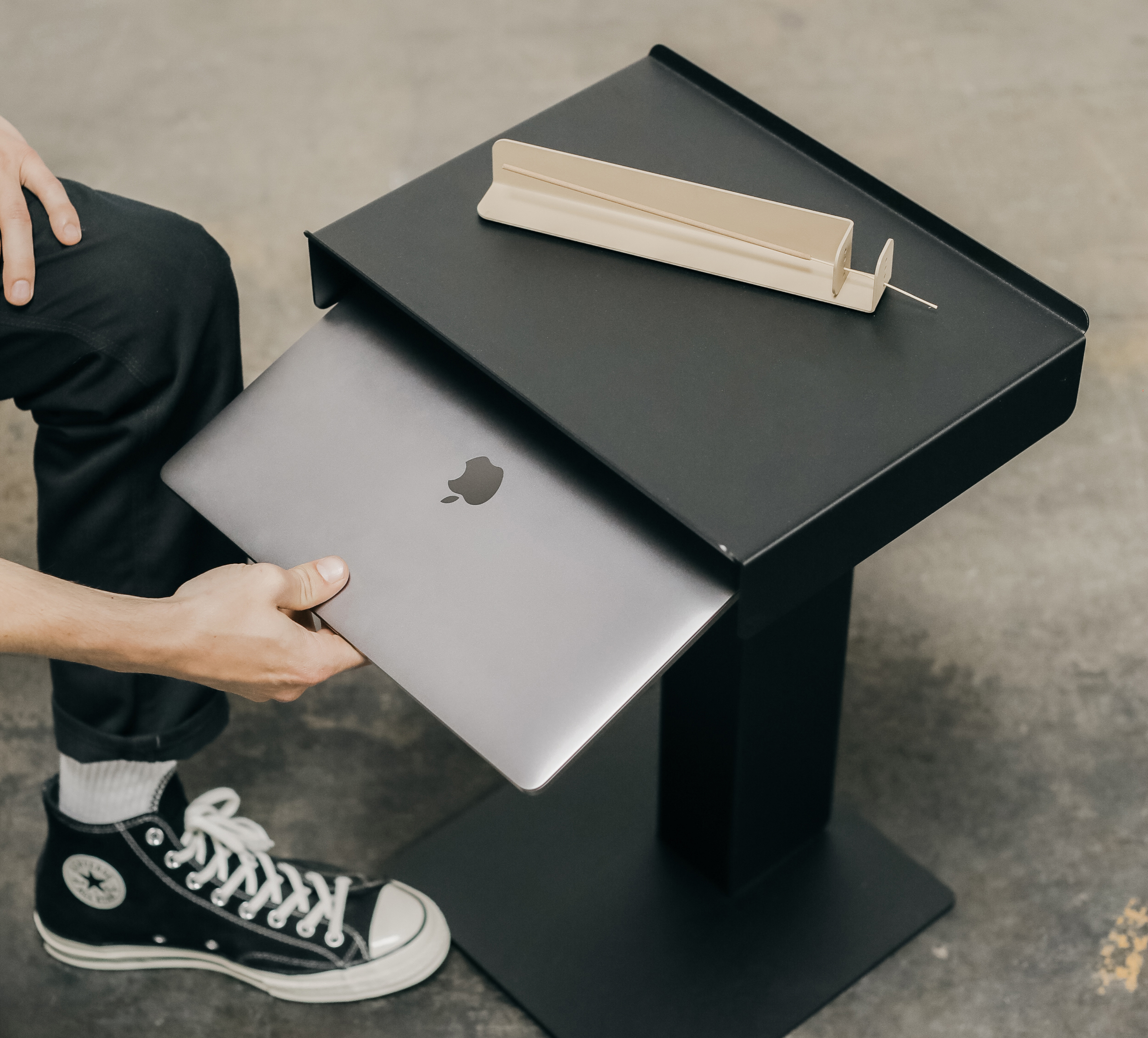 The new side table from BASE