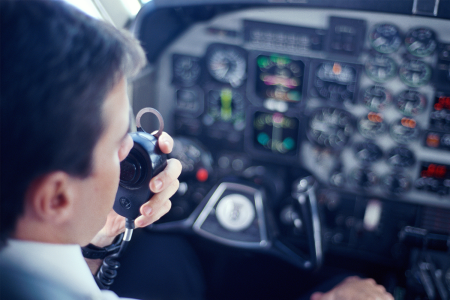 Could You, an Untrained Pilot, Land a Plane in the Event of an Emergency?