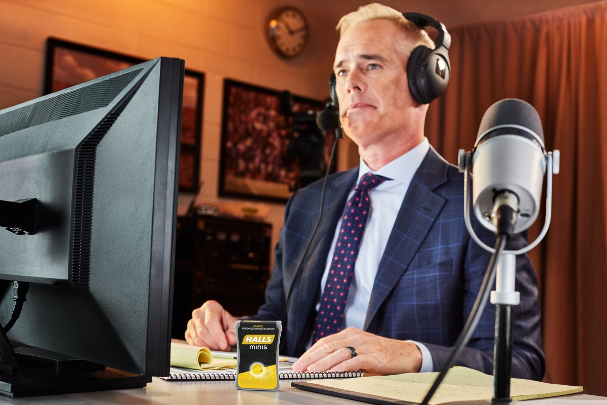 Joe Buck will be doing 25 personalized Cameo messages