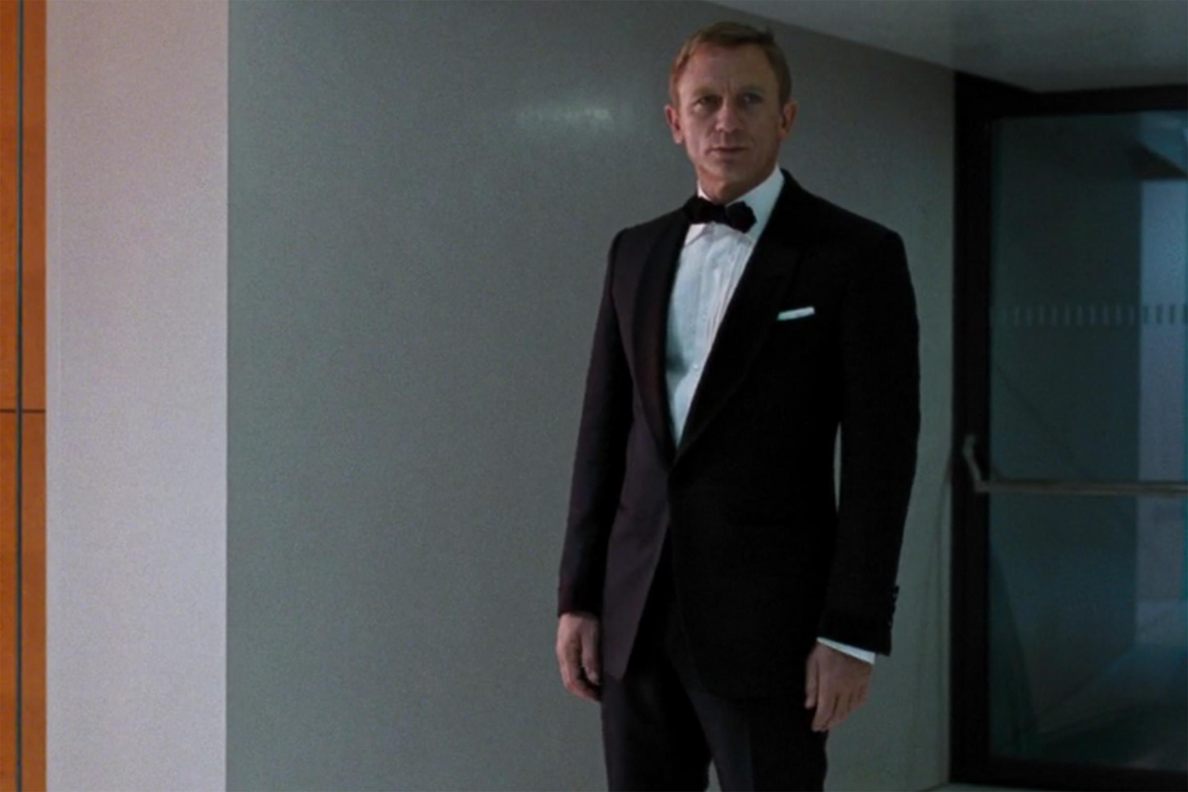 Daniel Craig in a tuxedo and classic black bowtie in Quantum of Solace.