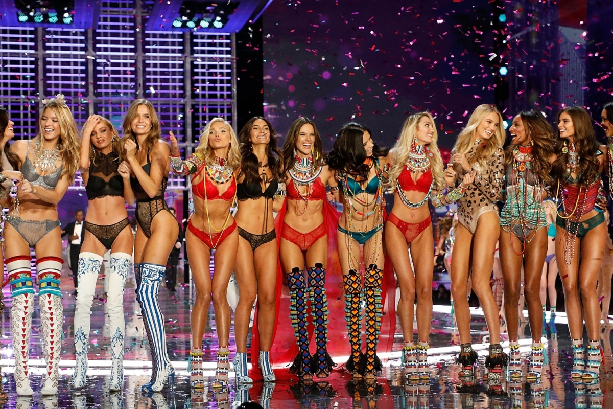 Victoria's Secret angels onstage at the brand's 2017 fashion show
