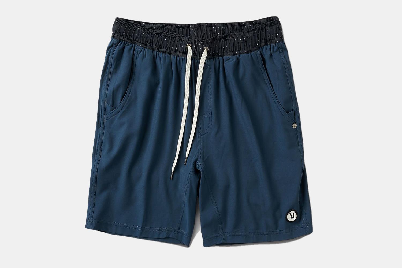 a pair of navy short