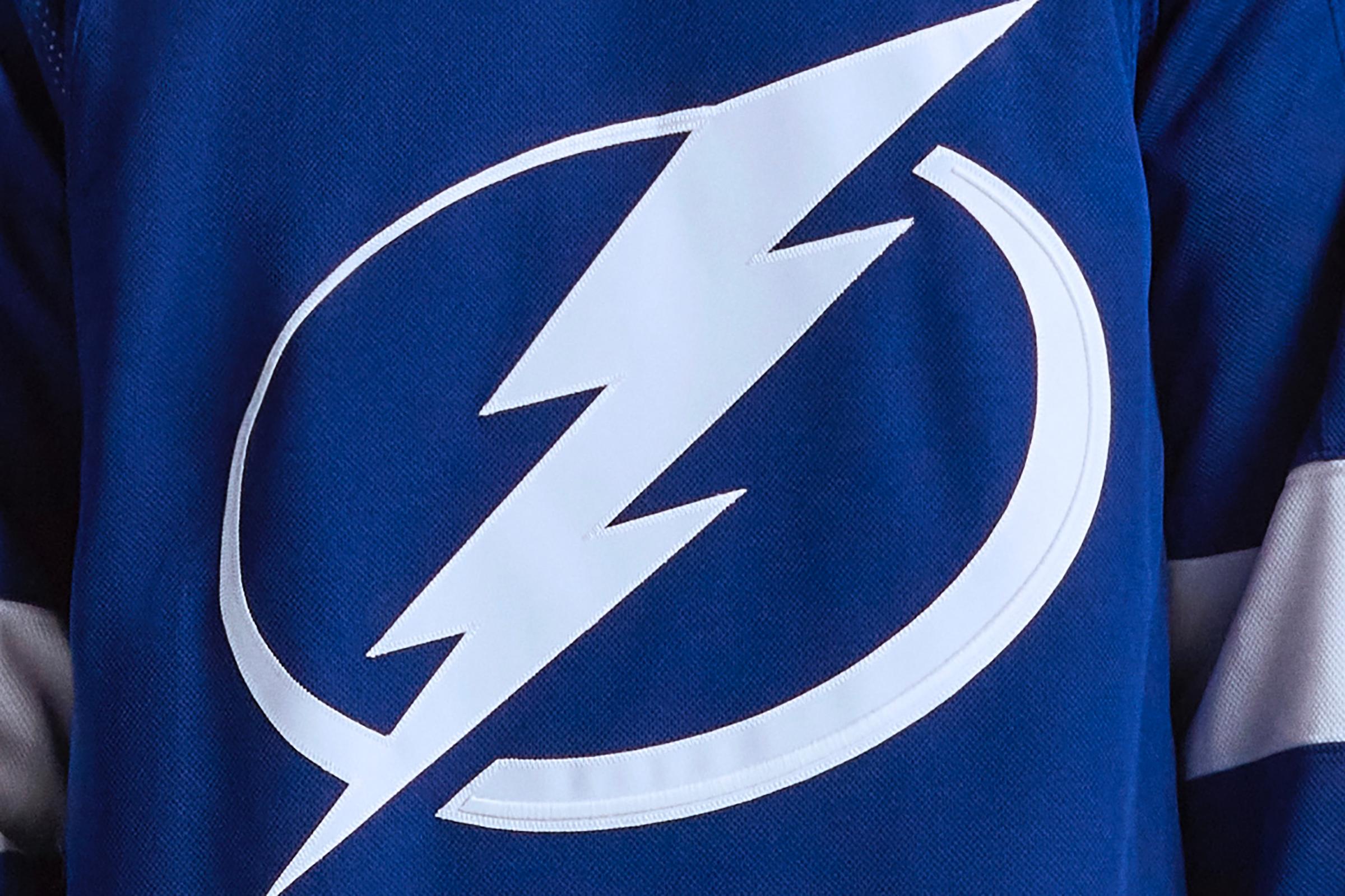 Lightning's new uniform.